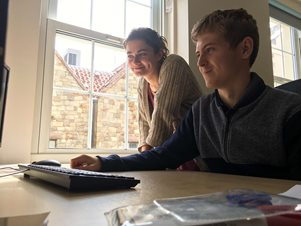 Digital internship students receive further support from FinTech business
